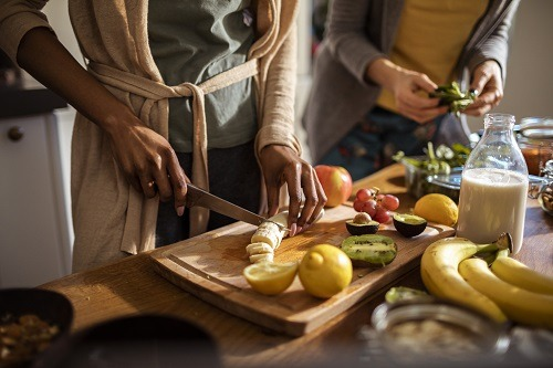 People cooking a healthy meal